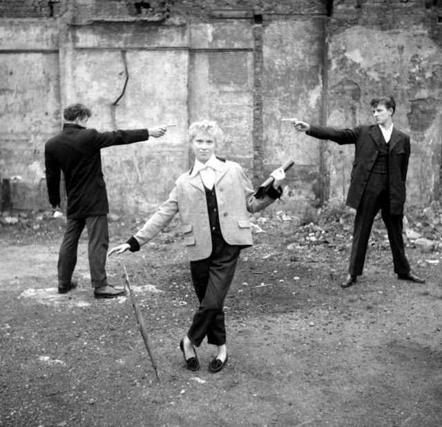 #anonymouswasawoman: #HERstory: Rare pictures of infamous 1950's London Girl Gang