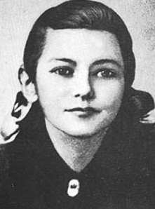 #anonymouswasawoman: #HERstory: A young girl barely the age of 14, Zinaida Portnova had the horror of living
