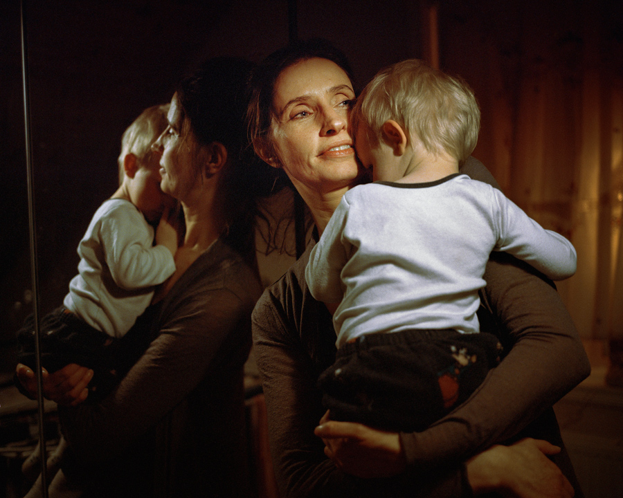 """#picturethis: Women with children are neither """"single"""" nor """"unwed"""" in Iceland"""