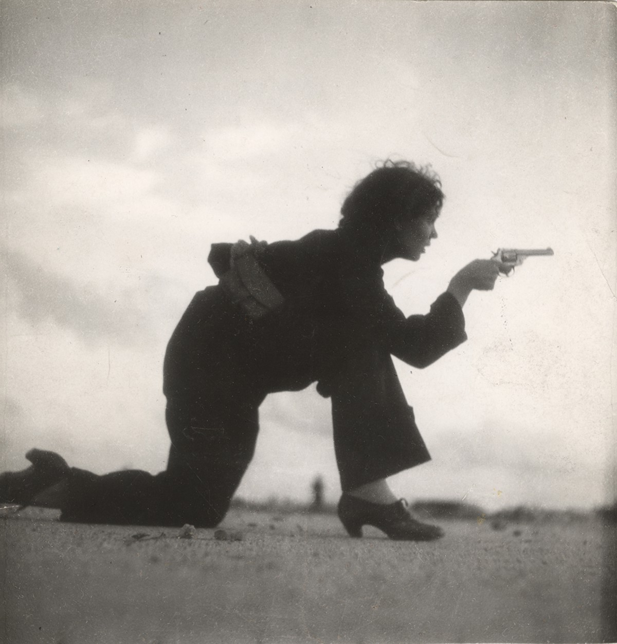 #picturethis: #anonymouswasawoman:The first female war photographer killed in action was 26 and had a brilliant career ahead of…